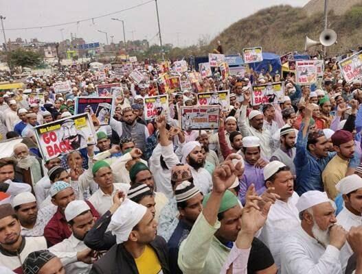 تظاهرات باشنده گان هند 2 - تصاویر/ تظاهرات باشنده گان هند علیه سفر بن سلمان