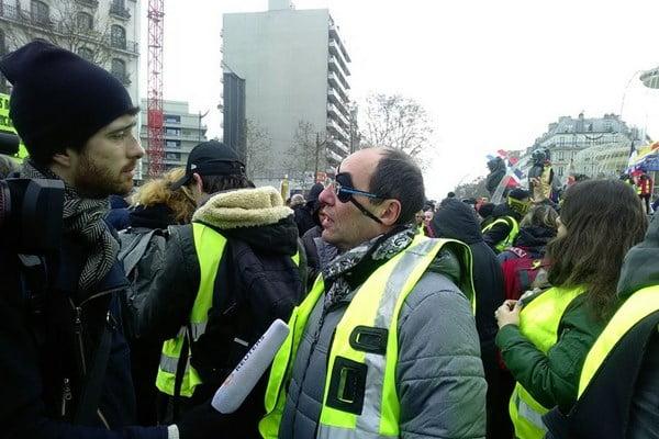 تظاهرات در فرانسه4 - جولان واسکت زردها در فرانسه
