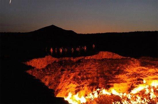 دروازه جهنم 4 - دروازه جهنم در ترکمنستان + تصاویر