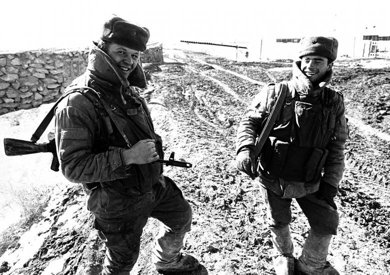 عساکر ارتش سرخ شوروی 17 - تصاویر/ خروج آخرین عساکر ارتش سرخ شوروی از خاک افغانستان