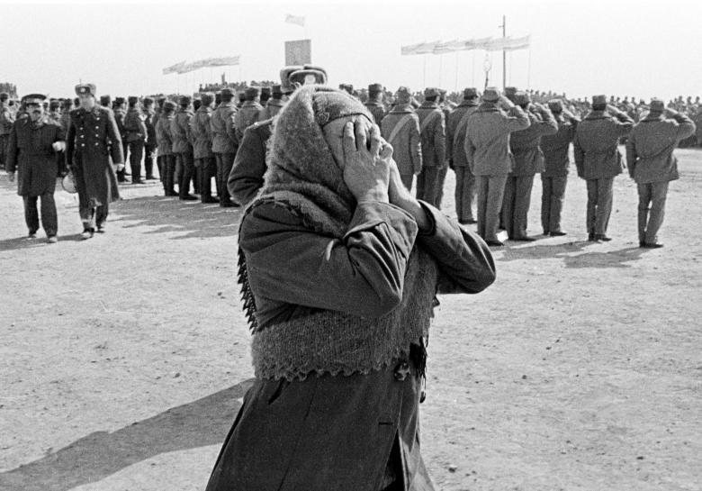 عساکر ارتش سرخ شوروی 18 - تصاویر/ خروج آخرین عساکر ارتش سرخ شوروی از خاک افغانستان