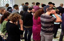 نماز مختلط 226x145 - تصویر/ اولین ملا امام زن در فرانسه!