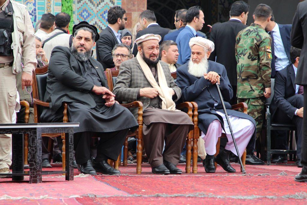 برافراشتن جنده 3 1024x683 - تصاویر/ برافراشتن جهنده در مزارشریف با حضور داشت رییس جمهور غنی