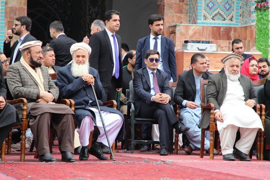 برافراشتن جنده 4 1024x683 - تصاویر/ برافراشتن جهنده در مزارشریف با حضور داشت رییس جمهور غنی
