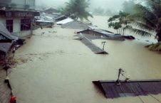 سیل 1 226x145 - سیلاب مرگبار در شرق اندونزیا