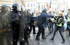 فرانسه پولیس2 226x145 - برگزاری تظاهرات ضد دولتی در فرانسه