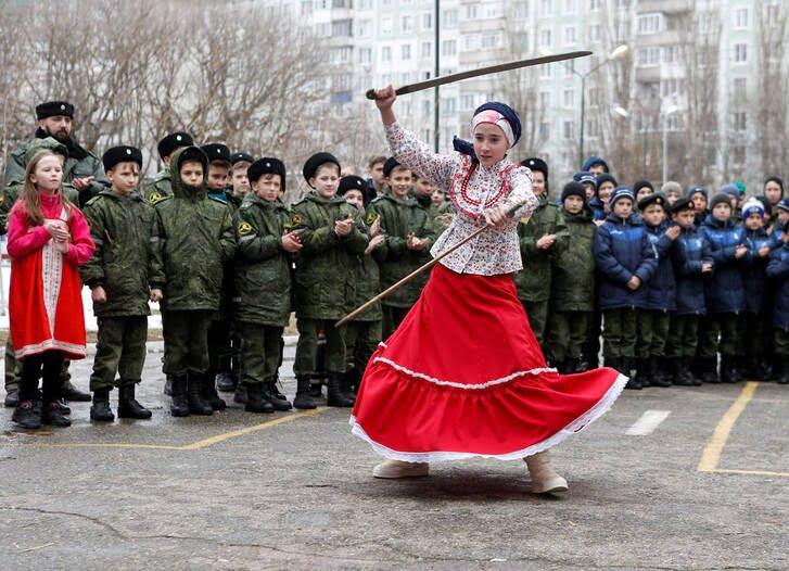 مردم روسیه 4 - تصاویر/ خداحافظی مردم روسیه با موسم زمستان