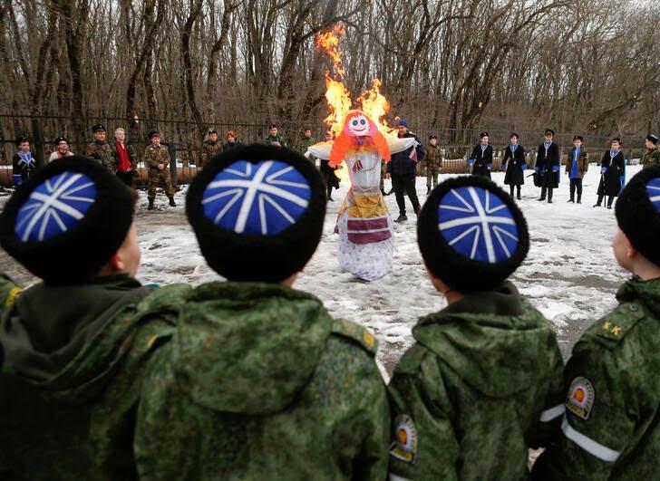 مردم روسیه 9 - تصاویر/ خداحافظی مردم روسیه با موسم زمستان