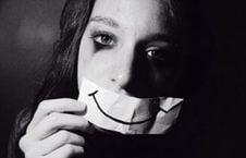 افسرده 226x145 - افسرده ترین کشور جهان