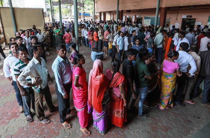 انتخابات هند - تصویر/ اشتراک آمیتا باچان در انتخابات سراسری هندوستان
