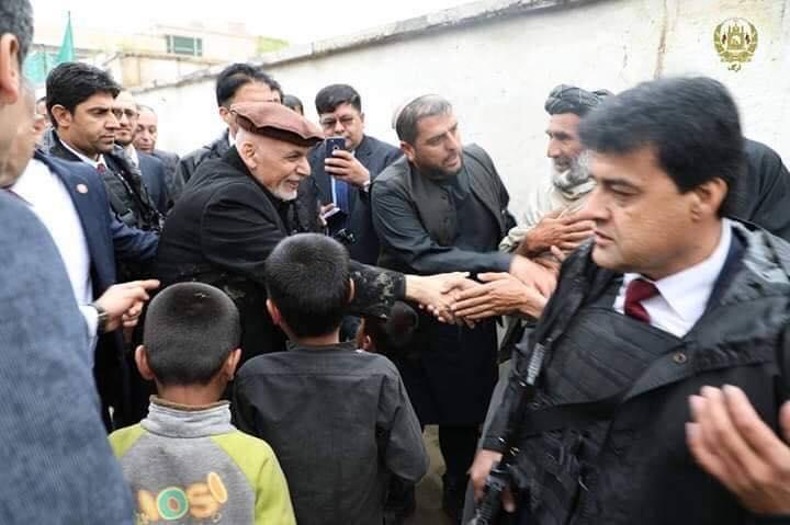 تصاویر بازدید رییس جمهور سیلاب کابل 13 - تصاویر/ بازدید رییس جمهور از محلات آسیب دیده سیلاب ها در کابل