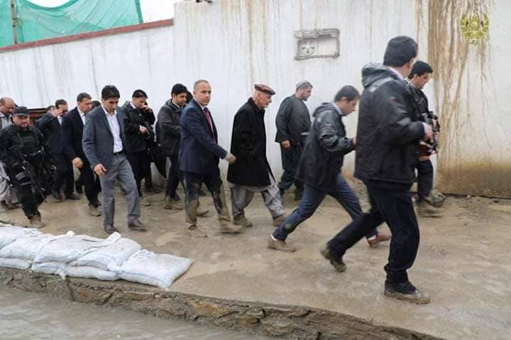 تصاویر بازدید رییس جمهور سیلاب کابل 17 - تصاویر/ بازدید رییس جمهور از محلات آسیب دیده سیلاب ها در کابل