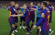 جشن قهرمانی بارسلونا 2 226x145 - مدافع جوان والنسیا در لست خرید بارسلونا
