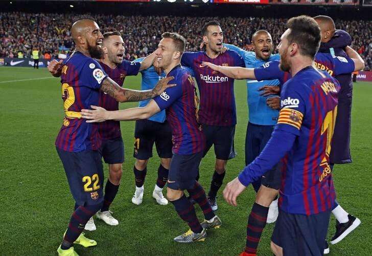جشن قهرمانی بارسلونا 2 - تصاویر/ جشن قهرمانی بارسلونا