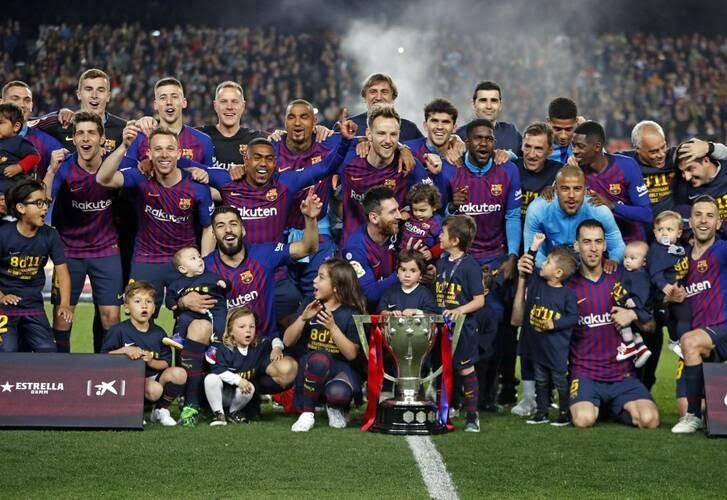جشن قهرمانی بارسلونا 3 - تصاویر/ جشن قهرمانی بارسلونا