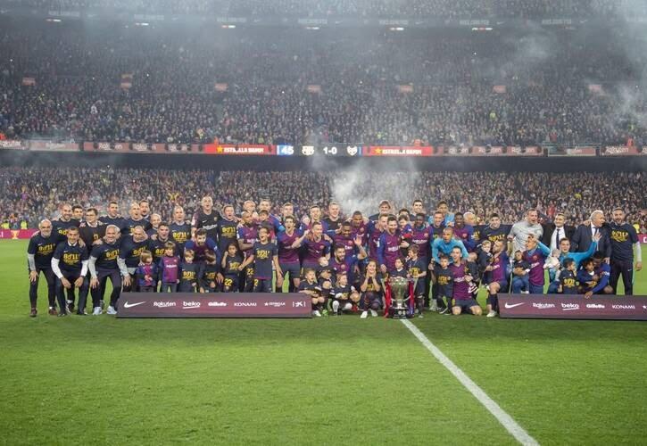 جشن قهرمانی بارسلونا 6 - تصاویر/ جشن قهرمانی بارسلونا