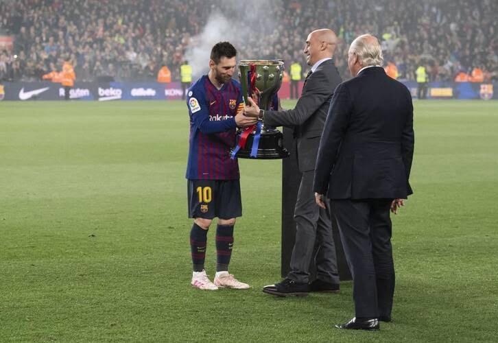 جشن قهرمانی بارسلونا 9 - تصاویر/ جشن قهرمانی بارسلونا