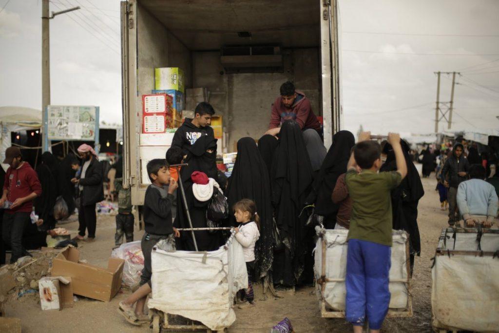 داعش 11 1024x683 - تصاویر/ نگهداری زنان و اطفال داعش در شمال سوریه