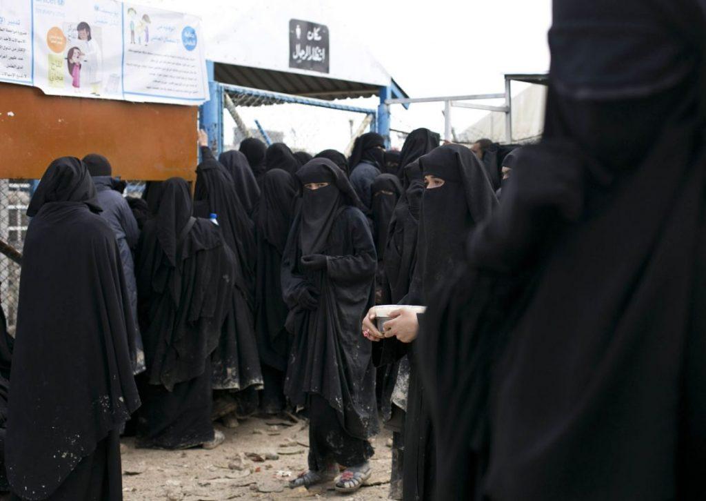 داعش 6 1024x726 - تصاویر/ نگهداری زنان و اطفال داعش در شمال سوریه