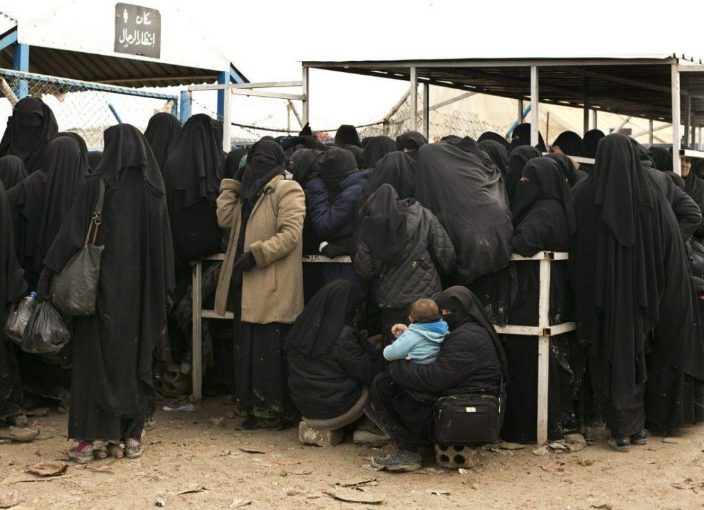 داعش 7 1024x743 - تصاویر/ نگهداری زنان و اطفال داعش در شمال سوریه