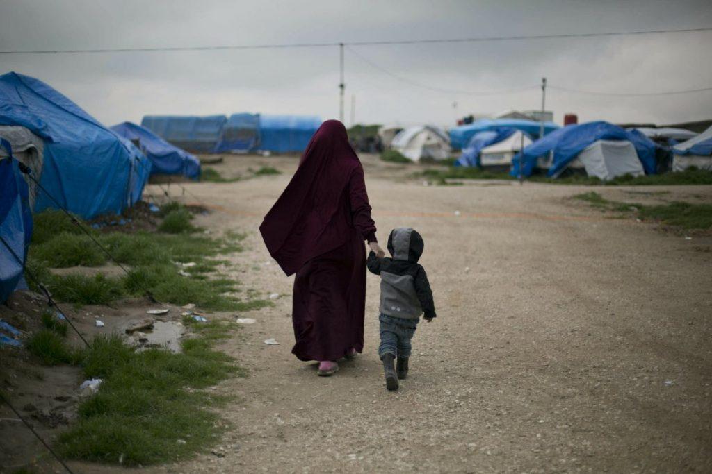 داعش 9 1024x683 - تصاویر/ نگهداری زنان و اطفال داعش در شمال سوریه