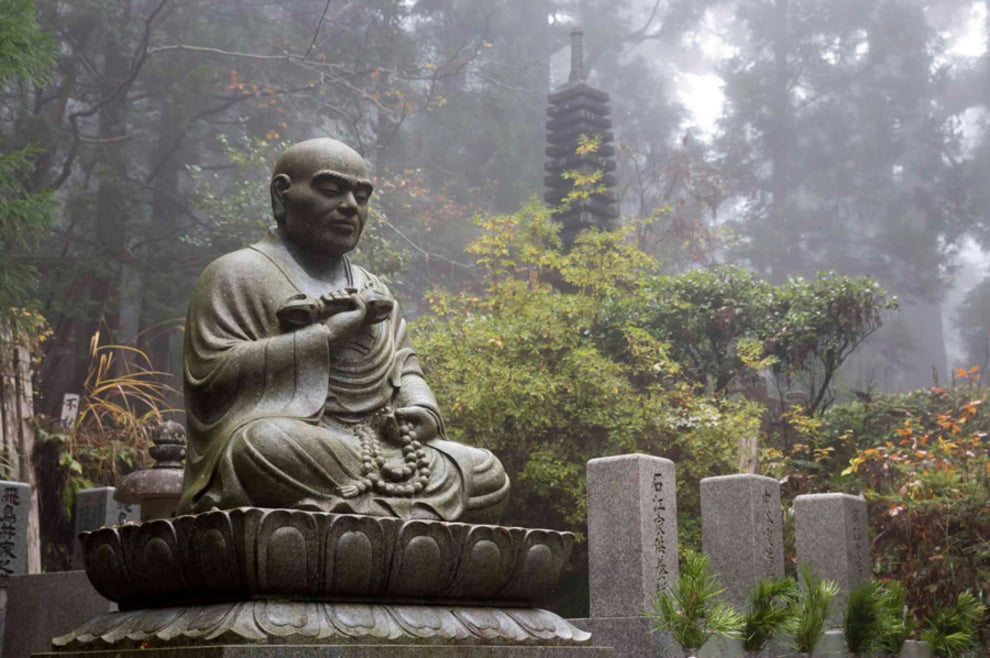 سنگ قبر 11 - تصاویر/ سنگ قبرهای عجیب در جهان