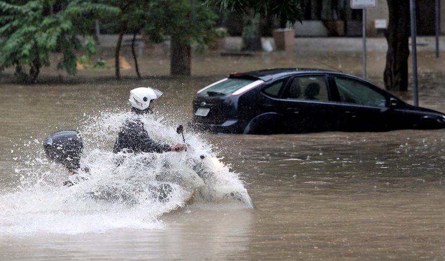 سیلاب برازیل 2 - تصاویر/ سیلاب مرگبار در برازیل