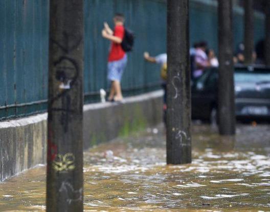 سیلاب برازیل 3 - تصاویر/ سیلاب مرگبار در برازیل