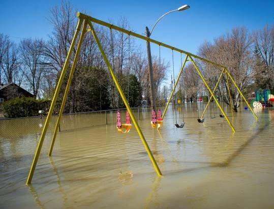 سیلاب در کانادا 1 - تصاویر/ جاری شدن سیلاب در کانادا