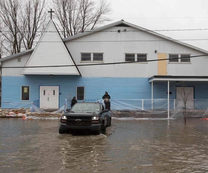 سیلاب در کانادا 4 - تصاویر/ جاری شدن سیلاب در کانادا