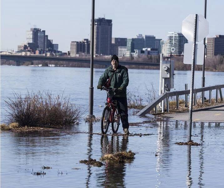 سیلاب در کانادا 8 - تصاویر/ جاری شدن سیلاب در کانادا