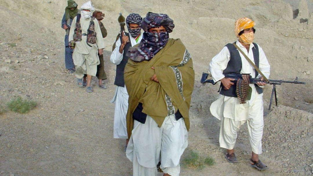 طالبان - قرارگاه طالبان در پروان به آتش کشیده شد