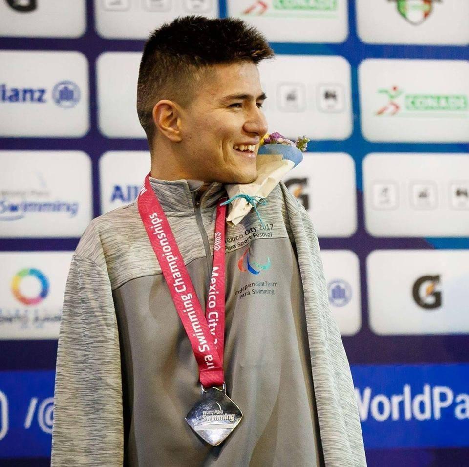 عباس کریمی - شناگر افغان به رقابتهای جهانی شنای معلولان، راه یافت