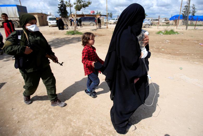 عروس داعشی 11 - تصاویر/ سرنوشت شوم عروس های داعشی