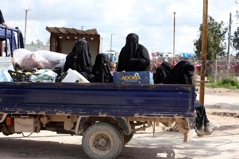 عروس داعشی 2 - تصاویر/ سرنوشت شوم عروس های داعشی
