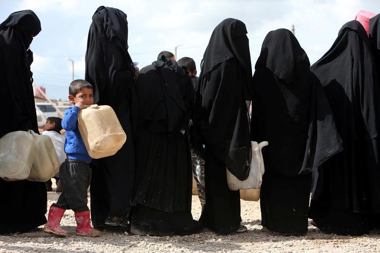 عروس داعشی 4 - تصاویر/ سرنوشت شوم عروس های داعشی