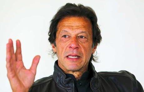 عمران خان 1 460x295 - صدراعظم پاکستان مدعی حمایت از افغانستان شد