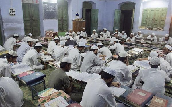 مدرسه دینی - اداره مدارس دینی پاکستان توسط اردوی ملی این کشور