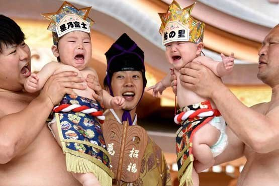 مسابقه اطفال جاپان 5 - تصاویر/ مسابقه عجیب اطفال در جاپان