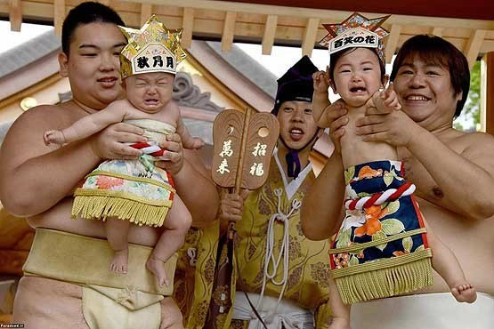 مسابقه اطفال جاپان 6 - تصاویر/ مسابقه عجیب اطفال در جاپان