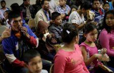 مهاجران تگزاس 9 226x145 - اقدام غیرانسانی ترمپ در مناطق سرحدی