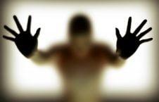 تجاوز 226x145 - سوءاستفاده جنسی داکتر پوهنتون از ۱۸۰ محصل پسر!