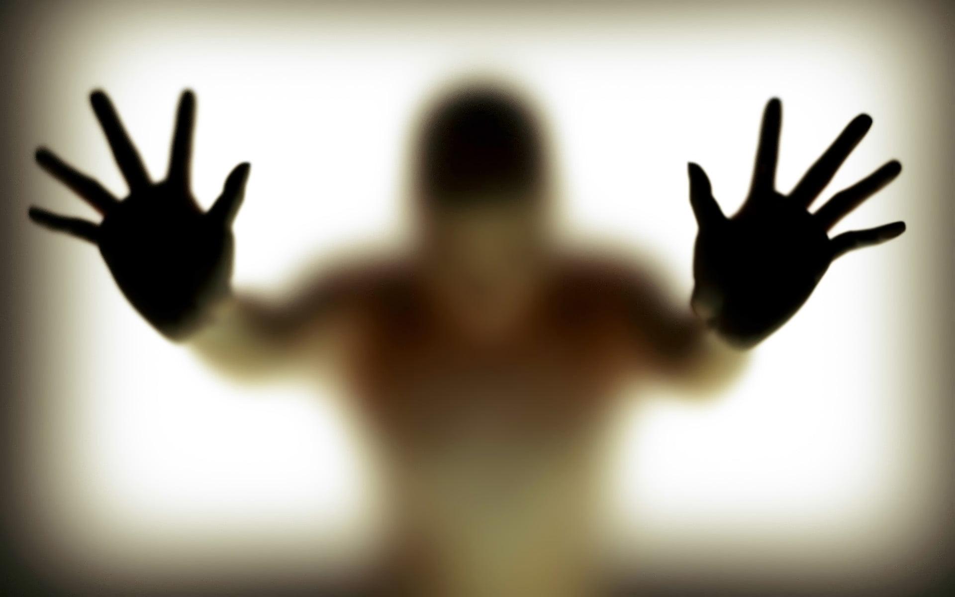 تجاوز - سوءاستفاده جنسی داکتر پوهنتون از ۱۸۰ محصل پسر!