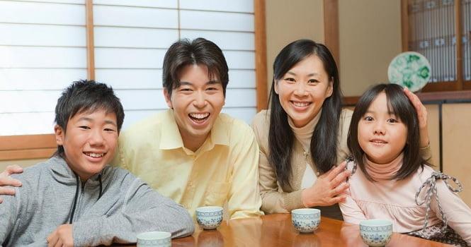 جاپان خانواده - راه حل عجیب مردم جاپان برای فرار از تنهایی