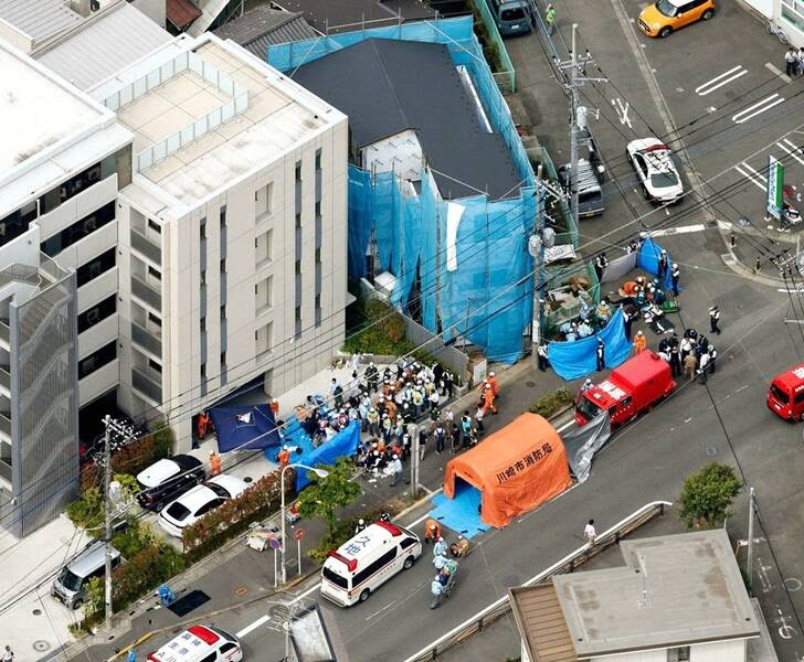 جاپان چاقو 4 - تصاویر/ حمله ای خونین به جمعی از کودکان در جاپان