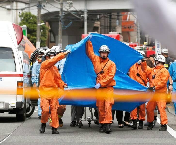 جاپان چاقو 6 - تصاویر/ حمله ای خونین به جمعی از کودکان در جاپان