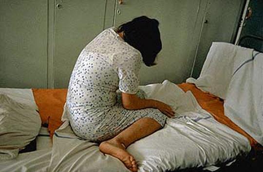 جنسی - زنی که 8 سال قربانی باندهای قاچاق جنسی بود!