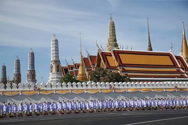 راما ایکس3 - تصاویر/ تاجگذاری پادشاه جدید تایلند