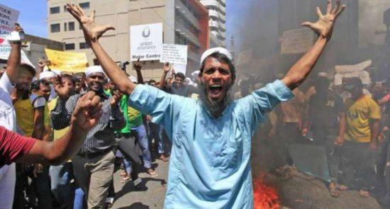 سریلانکا 550x295 - اسقف اعظم سریلانکا خواستار توقف حمله به مسلمانان در این کشور شد