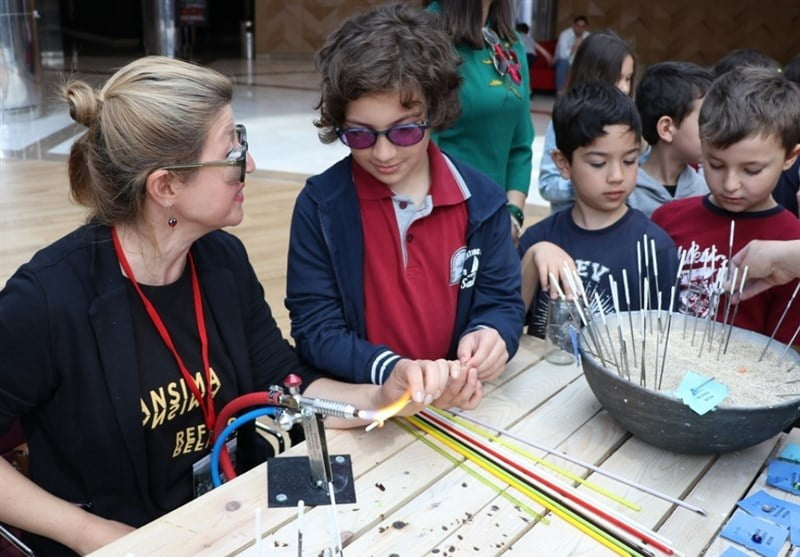 شیشه سازی 7 - تصاویر/ برگزاری جشنواره بینالمللی شیشه سازی در دنیزلی ترکیه